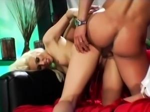 Smoking hot blonde hardcore sucking and humping big cock