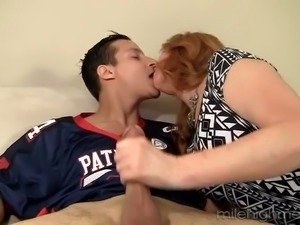 Lustful red haired housewife Froya Fantasia treats new neighbor with good BJ