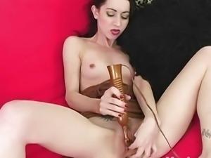 Yanks Brunette Mina Meow Masturbating