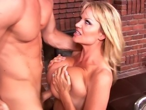 Kelly Madison's hot body covered in semen after a sex session