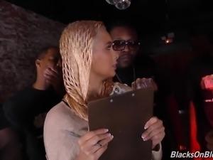 Fabulous auburn bar accountant Aaliyah Hadid gets nailed by black studs