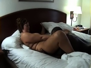 Curvy housewife has a black stud drilling her juicy cunt