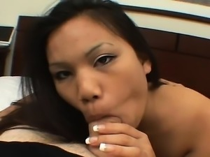 Tan Japanese gyaru in POV handjob blowjob rimjob orgy