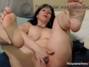 So glad there are videos of this nasty mature slut