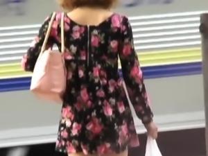 Asian saw rubbing herself