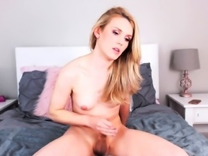 Cute webcam shemale with tiny tits brings herself to orgasm