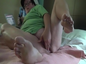 Yvette using dildo to cum