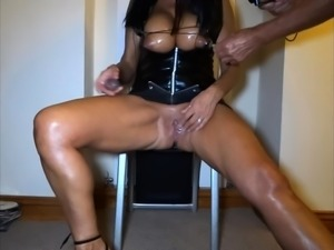 Horny Mature Housewife With Big Natural Boobs