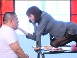 Stacked Asian slut gets her hairy twat pumped full of dick