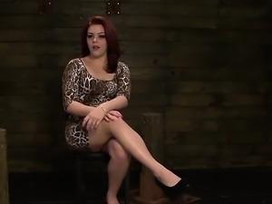 Lustful vixen enjoys servitude with harsh mistress in latex