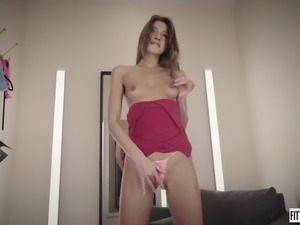 Hot MelenaMaria fucks her ass with a dildo in a fitting room
