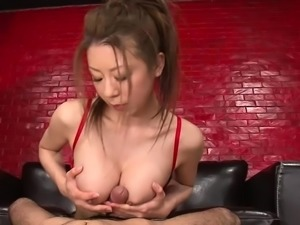Asian babe uses her feet on him