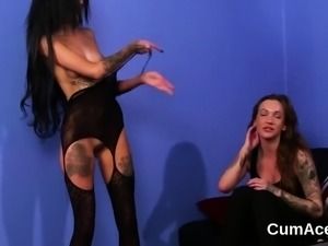 Nasty sex kitten gets cumshot on her face swallowing all the