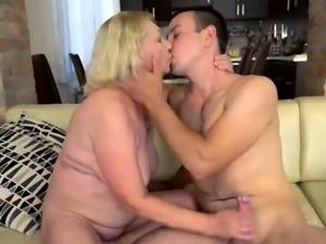 Horny Mature Mom Gets Fucked