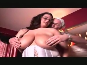 The beauty of this sex tape is in its simplicity and this busty slut loves sex