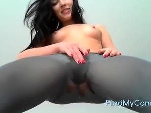 SHE PISS TROUGH THEIR PANTY ON CAM