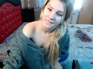 Alluring Cam Bitch Solo Masturbation