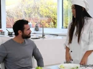 Latina chef in stockings fucks boss