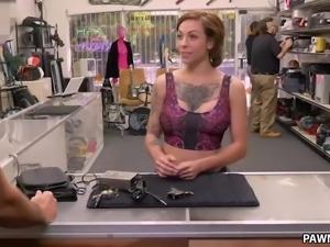 Tattooed Harlow Harrison fucks for money - XXX Pawn