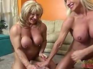 Naked Female Bodybuilders Sex Up Lucky Dude