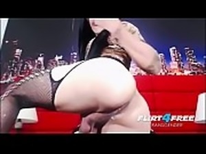 shemale big cock webcam