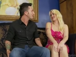Buxom blond head Alana Evans is so happy to ride dick on top