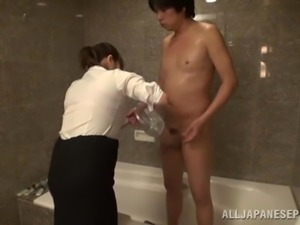 A chubby Japanese girl rides a dick in a CFNM video