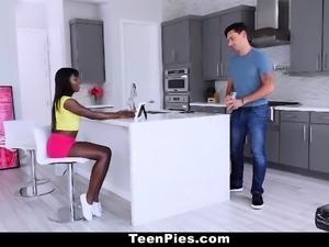 TeenPies - Hot Ebony Teen Gets Creampied