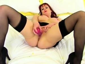 British mom Tanya Cox playing with herself