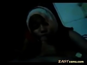 indonesian hijab jilbab babe a cocksucking machine