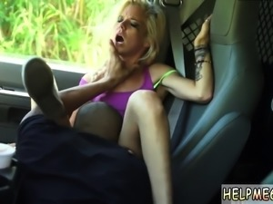 Teen bf creampie and sexy screams xxx Halle Von is in town o