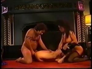 Viper and Raven Richards fucked by Ron Jeremy