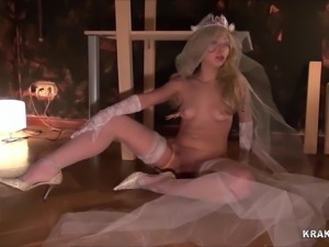 Very hard bride in an homemade scene of BDSM. Part 2