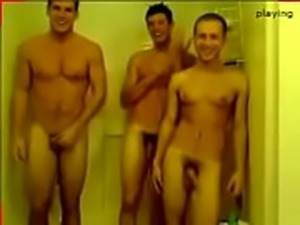 shower boys 1