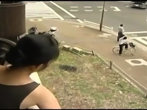 Mature Chinese bitch gives my dick a hot deep blowjob