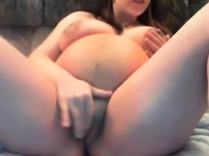 Pregnant girl plays on cam