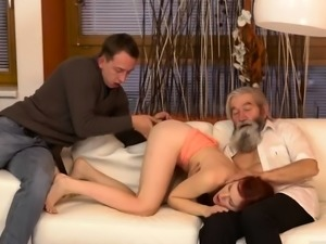 Webcam babe anal dildo and mature on knees sucking