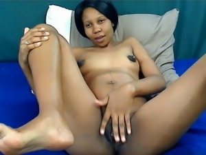 Last one of this hot pregnant webcam - lovely pussy.