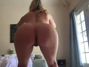 Who is this hot milf?