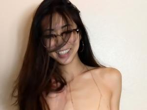 Amateur Hairy Asian Teen Masturbation