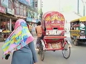 Bangladeshi Women Filmed by German tourist
