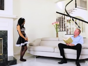 Petite Maid Tia Cyrus Gives A Full-Service Cock Cleanup To