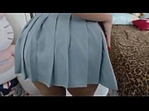 Novinha Nerd na webcam Gozando gostoso na calcinha Squirt orgasm and squirt...