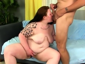 Hefty Strumpet Ramblin Rose Yields Her Mouth and Pussy to a