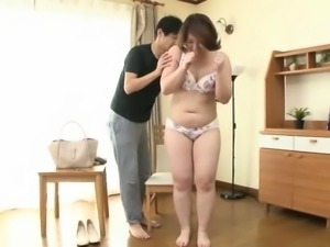 Shy Japanese wife gets her tight cunt eaten out and fucked