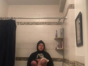 Cuming In shower