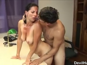 Sugar dusky mature woman melissa monet allows guy to cum inside