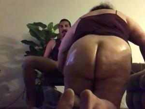 Chunky Bbw oiled ass blowjob