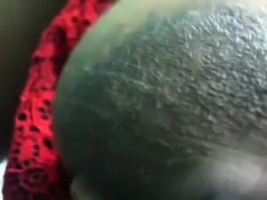 Desi MILF love to play with her lactating tits