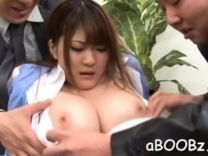 Exquisite sweetie Momoka Nishina gets shaved cuch slammed